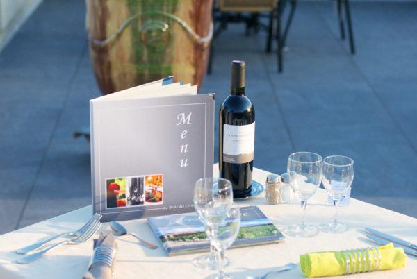 Cuisine méditerranéenne, spécialités des terroirs cévenols et vignobles languedociens sur notre terrasse panoramique