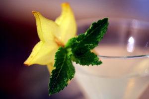 Cocktail maison rafraîchissant dans notre hôtel restaurant cévenol d'Anduze