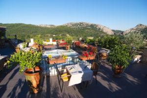 Sur notre terrasse panoramique d'Anduze, en Cévennes