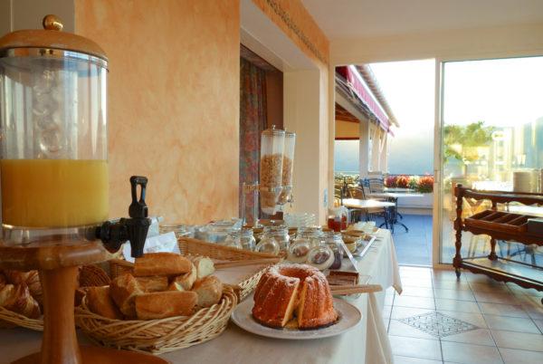 A l'hôtel restaurant La Porte des Cévennes, au petit déjeuner