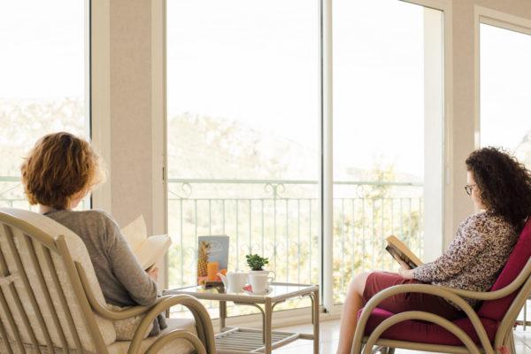 En Cévennes, profitez de la vue exceptionnelle dans notre salon panoramique